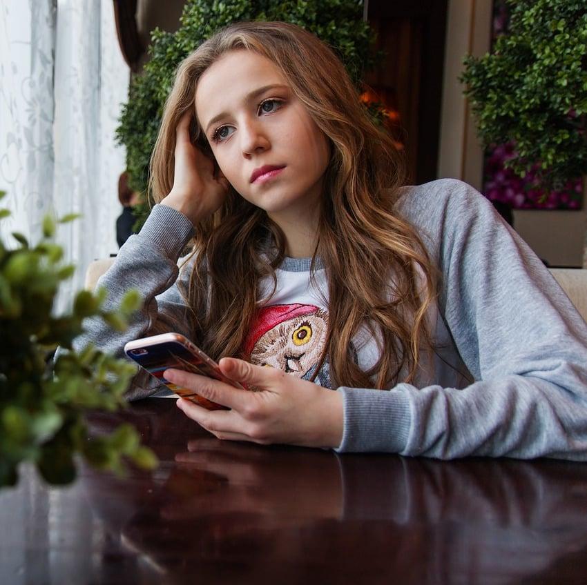 Generation Smartphone: Viele sehnen sich danach wieder einmal offline zu sein