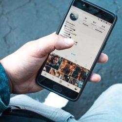 Süßer kleiner Spion: Auch Handy-Spionage kann gefährlich werden 1