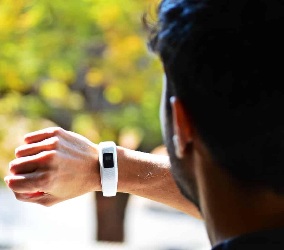 Gesundheits-Überwachung via Smartwatch, Fitbit & Co: der nächste Albtraum für deine Privatsphäre!