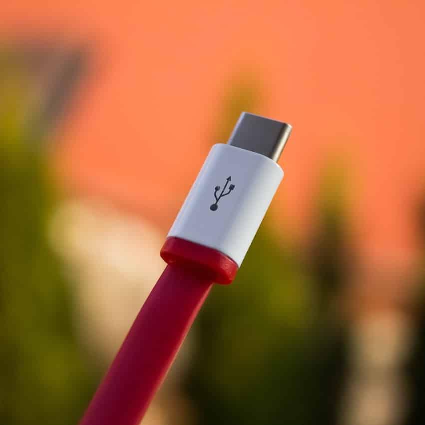 """Gar nicht harmlos: """"Böses"""" USB-Kabel erlaubt Hackern Zugriff auf deinen PC"""