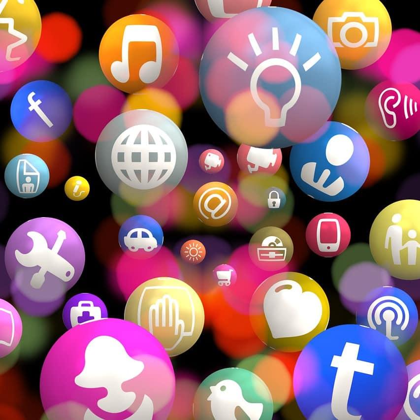Alle Wege führen nach Facebook