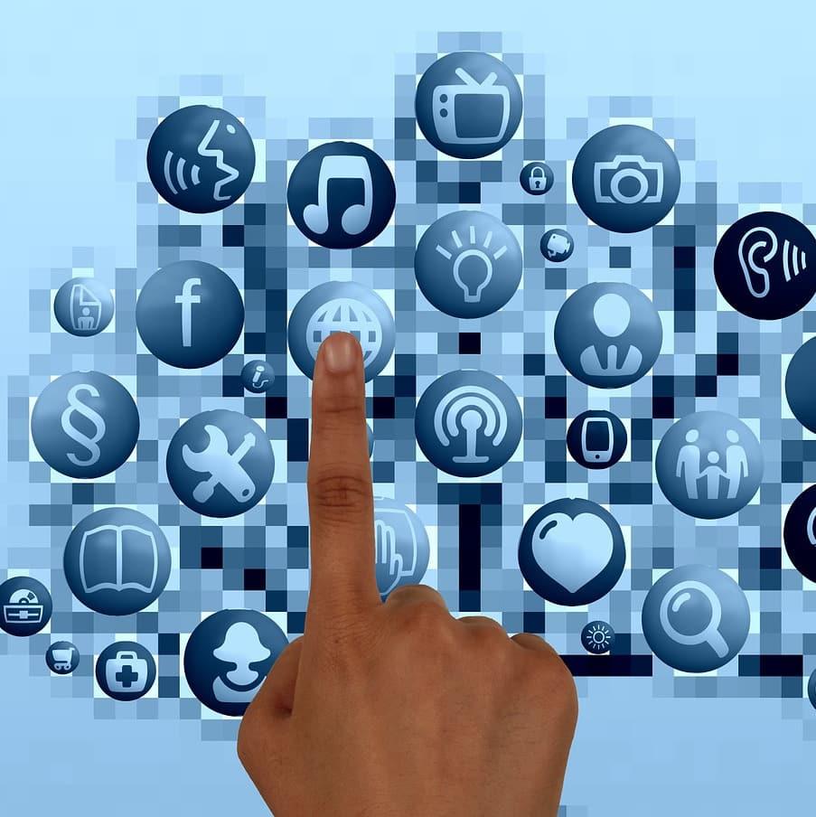 Datenleck via Apps: Wieder wurden Facebook User Daten öffentlich im Internet gespeichert!